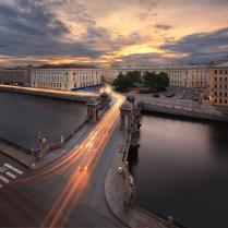 Мост Ломоносова на закате