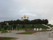 """Панорамный вид со """"стрелки"""" Ярославля."""