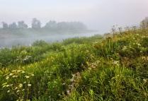 Туманное утро на реке Угре